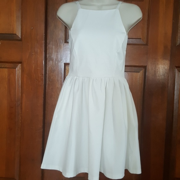 933f6e0b21b CUTE white ivory summer dress small